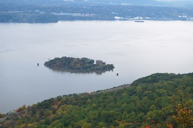 Pollepel island and the Bannerman's Castle from a distant.