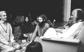 Acharya Rajneesh with his disciples