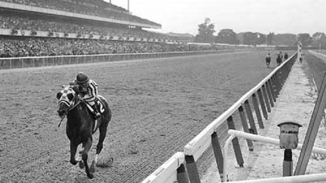 Secretariat Horse Legendary Equine With Large Heart Gene That Thundered Down The Race Track