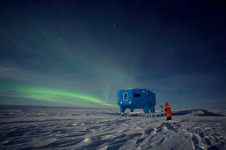 Halley VI Research Station at night.