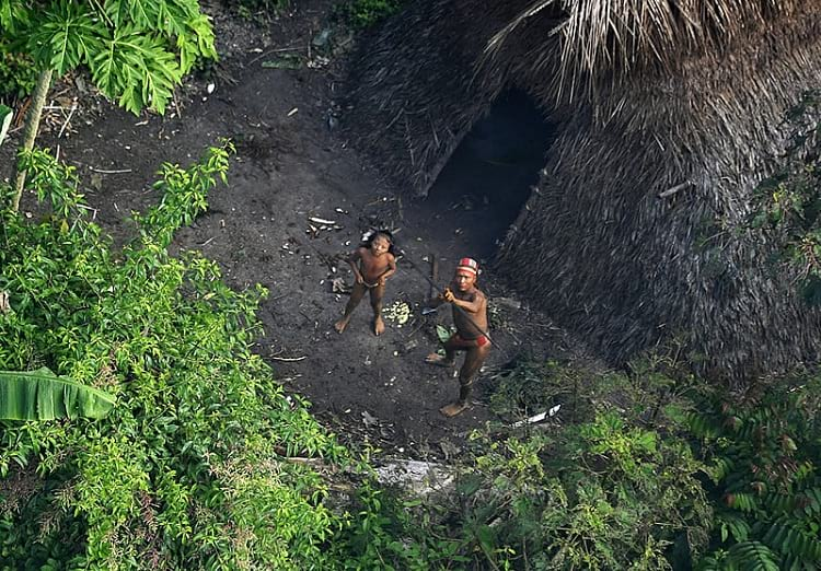 Sightings of isolated people in Acre, Brazil.