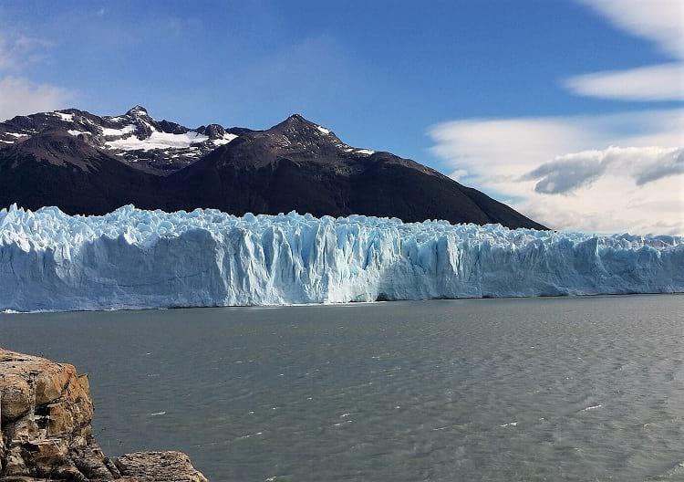 Penitentes formation on iceberg