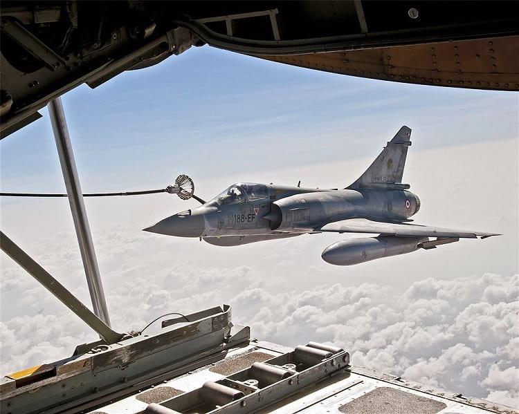 Dassault Mirage 2000 aerial refuelling