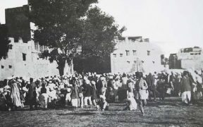 A crowd gathered at Jallianwala Bagh