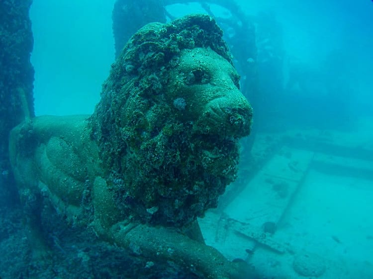 Lion sculpture at the Neptune Memorial Reef.