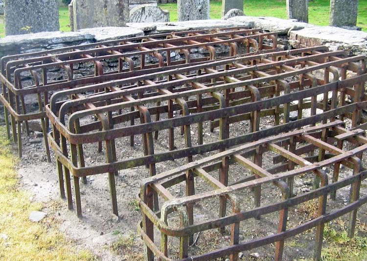 Grave cages