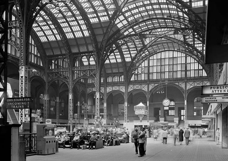 Main Concourse interior of old Penn Station.