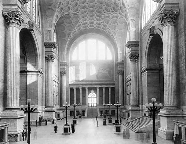 Photo of the waiting room at old Penn station from another angle.