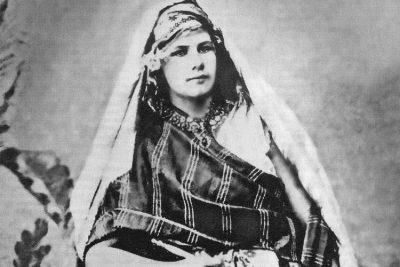 Isabelle Eberhardt.