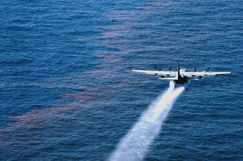 Deepwater Horizon oil spill clean up.