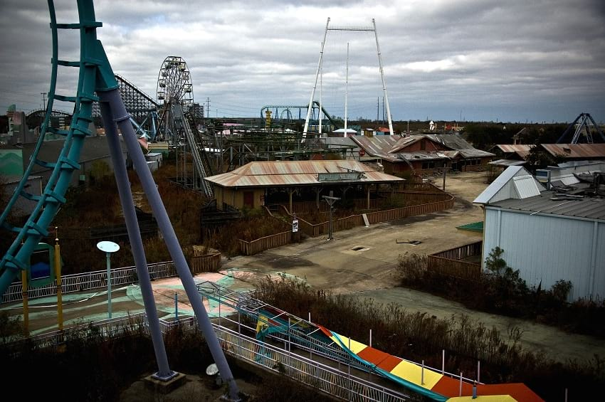 Six Flags New Orleans abandoned