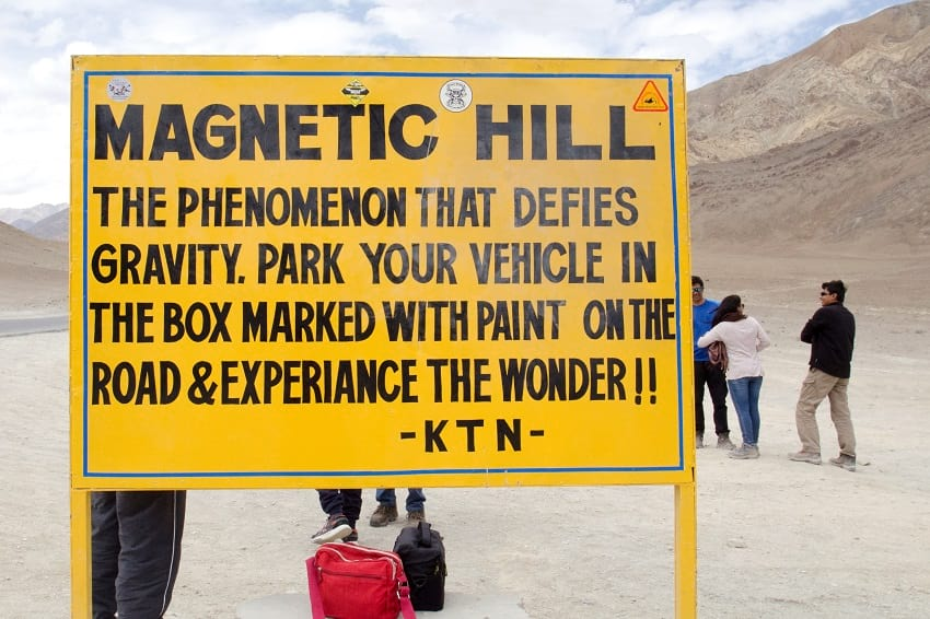 Magnetic hill sign board
