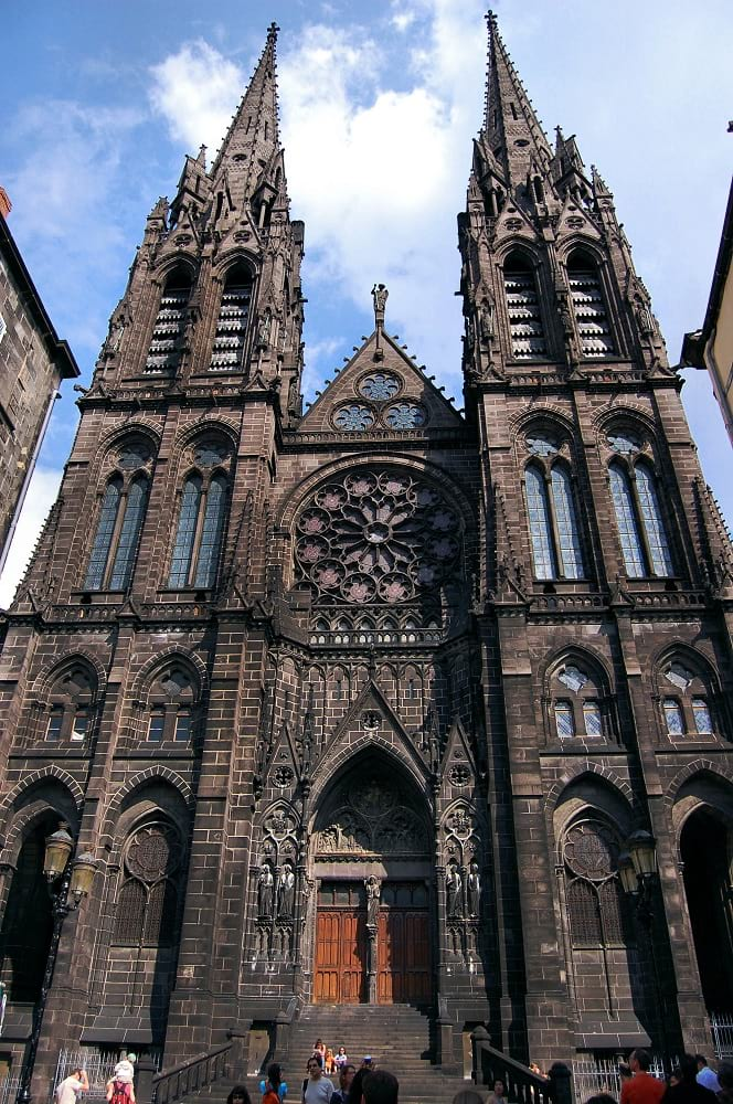 The main entrance of Clermont-Ferrand Cathedral.